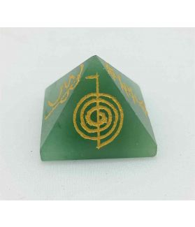 Healing Aventurine Gemstone Pyramid 19 x 26 mm