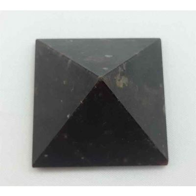 Garnet Pyramid 22 x 38 mm Size