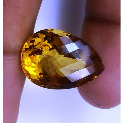17.06 Carats Natural Yellow Citrine 20.63 x15.54 x11.05 mm